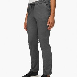 Lululemon on the fly pant 6 tall
